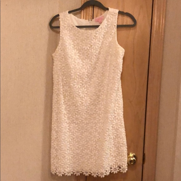 Lily Pulitzer Daisy lace dress